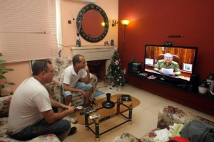Raul Castro announces Cuba and USA have agreed to 'reestablish diplomatic relations'