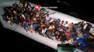 Immigrazione: Guardia costiera soccorre 113 migranti