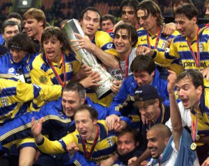SOCCER-UEFA CUP FINAL