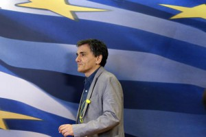 Greece's Finance Minister Euclid Tsakalotos arrives for the handover ceremony of the outgoing Alternate Finance Minister Nadia Valavani and the incoming Tryfon Alexiadis in Athens, Monday, July 20, 2015. (ANSA/AP Photo/Thanassis Stavrakis)