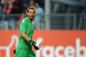 Lazio goalkeeper Federico Marchetti reacts after conceding the third goal  during a soccer friendly match between 1. FSV Mainz 05 and Lazio Rome at the Bruchweg stadium in Mainz, Germany, 29 July 2015.  EPA/Fredrik Von Erichsen