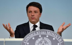 Italian Prime Minister, Matteo Renzi, gestures during his press conference at the end of the meeting of the Council of Ministers at the Chigi Palace in Rome, Italy, 06 August 2015.     ANSA/ETTORE FERRARI