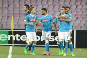Napoli's Jose Callejon (II from R) jubilates with his teammates after scoring the goal during the Uefa Europa League soccer match SSC Napoli vs Bruges (Club Brugge) at San Paolo stadium in Naples, Italy, 17 September 2015. ANSA/CIRO FUSCO