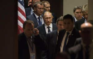 Vladimir Putin (C), President of the Russian Federation, walks with his delegation following a bilateral meeting with Barack Obama, President of the United States, during the 70th session General Debate of the United Nations General Assembly at United Nations headquarters in New York, New York, USA, 28 September 2015.  EPA/JUSTIN LANE