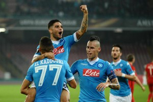 Napoli's Omar El Kaddouri exults with teammates Lorenzo Insigne (c) and Marek Hamsik (r) after scoring the goal of 1-0 during the Uefa Europa League soccer match SSC Napoli vs Midtjylland at San Paolo stadium in Naples, Italy, 05 November 2015.  ANSA/ CIRO FUSCO