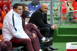 Roma's head coach Luciano Spalletti before the Italian Serie A soccer match As Roma vs Hellas Verona at Olimpico stadium in Rome, 17 January 2016.  ANSA/ ALESSANDRO DI MEO