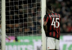Milan's Mario Balotelli reacts during the Italy Cup second leg semifinal soccer match AC Milan vs US Alessandria at Giuseppe Meazza stadium in Milan, Italy, 01 March 2016. ANSA/DANIELE MASCOLO