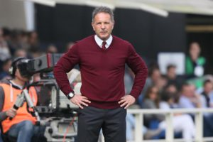 Milan's head coach Sinisa Mihajlovic gestures during Italian Serie A soccer match between Atalanta and AC Milan at Atleti Azzurri d'Italia in Bergamo, 3 Aprile 2016. ANSA/PAOLO MAGNI