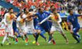 Players of Italy and Spain wait for a cross during the UEFA EURO 2016 round of 16 match between Italy and Spain at Stade de France in St. Denis, France, 27 June 2016. EPA/GEORGI LICOVSKI   EDITORIAL USE ONLY