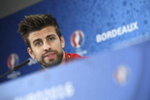 Spanish player Gerard Pique during a press conference on June 20, 2016 in Bordeaux, France.