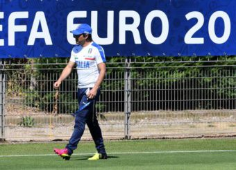 Italy's head coach Antonio Conte during a training session of the Italian national soccer team for the Uefa Euro 2016 at the Bernard-Gasset sport center in Montpellier, France, 24 June 2016. Ansa/ Daniel Dal Zennaro