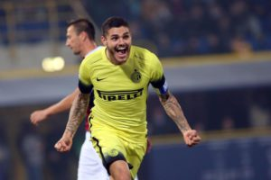 Inter's forward Mauro Icardi jubilates after scoring goal 0-1 during the Italian Serie A soccer match Bologna Fc vs Fc Inter at Renato Dall'Ara stadium in Bologna, Italy, 27 October 2015.ANSA/ GIORGIO BENVENUTI