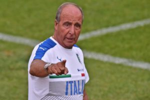 Italian national soccer team head coach, Giampiero Ventura, during a training session at Coverciano sportive center in Florence, Italy, 30 August 2016.   ANSA/MAURIZIO DEGL'INNOCENTI