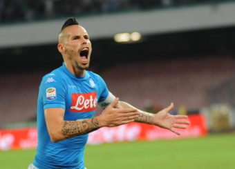 Napoli's Marek Hamsik jubilates after scoring the goal during the Italian Serie A soccer match SSC Napoli vs AC Chievo Verona at San Paolo stadium in Naples, Italy, 24 September 2016. ANSA/CESARE ABBATE