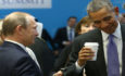 U.S. President Barack Obama (R) chats with Russia's President Vladimir Putin prior to a working session at the Group of 20 (G20) leaders summit in the Mediterranean resort city of Antalya, Turkey, November 16, 2015. REUTERS/Kayhan Ozer/Pool  - RTS7COV