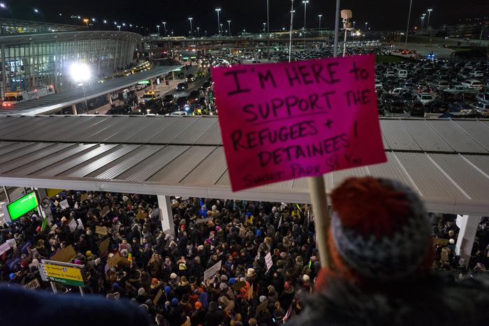 Proteste al John F. Kennedy International Airport in New York,