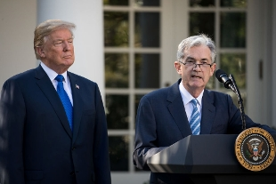 Fed, Powell presidente, con Trump alle spalle.