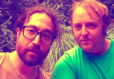 Il selfie di Sean Ono Lennon e James McCartney pubblicato su Instagram.