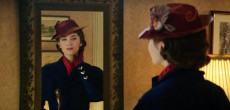 """Mary Poppins Returns"": Emily Blunt nel ruolo iconico di Julie Andrews."