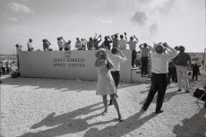 Una delle foto esposte: Garry Winogrand. Apollo 11 Moon Shot, Cape Kennedy, Florida, 1969
