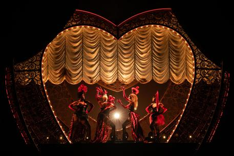 Una scena del Moulin Rouge!